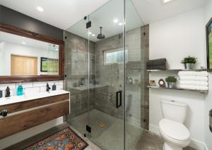 A bathroom at Casa Santa Clara