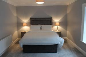 Arlington Suites 객실 침대