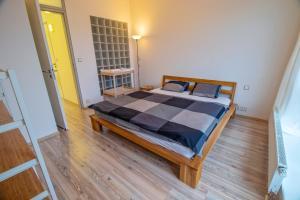 Letto o letti in una camera di Horský Apartmán Klínovec Meadows I 3kk