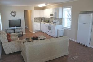 A kitchen or kitchenette at Grand View