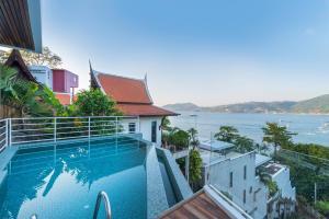 The swimming pool at or close to Jirana Patong