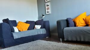 A seating area at Modern 2 bed Apartment