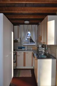 A kitchen or kitchenette at Ylä-Koivula