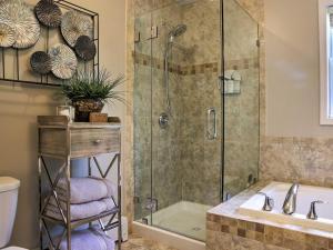 A bathroom at Warwick Retreat
