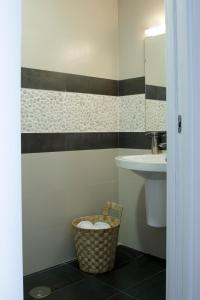 A bathroom at Alicante CS