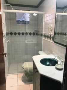 A bathroom at Apartamento Luxo Balneário Camboriú