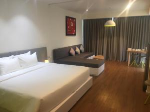 Ocean-view studio, 21st floor, Nha Trang, Vietnam