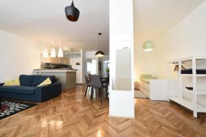 Kuchyňa alebo kuchynka v ubytovaní Kofoo Križanićeva Apartment
