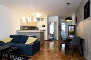 Posedenie v ubytovaní Kofoo Križanićeva Apartment