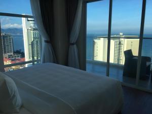 Ocean Suite, 110sqm, 26th floor, Ariyana Condotel