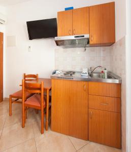 Kuhinja ili čajna kuhinja u objektu Villa Pavica