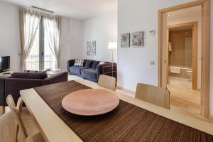 A seating area at Habitat Apartments Alibei