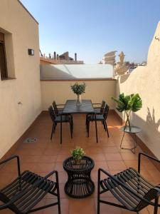A balcony or terrace at Uma Suites Metropolitan