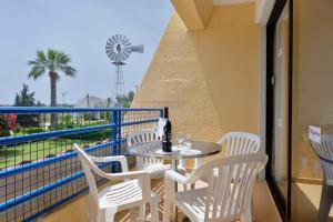 Балкон или тераса в Napa Prince Hotel Apts