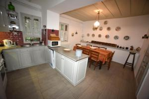 A kitchen or kitchenette at Molyvos Manor
