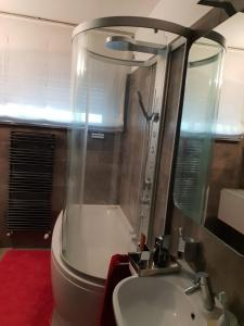 A bathroom at appartamento melotti - palazzo sky