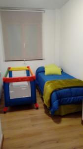 Cama o camas de una habitación en CAL PAU Guardiola de Berguedà