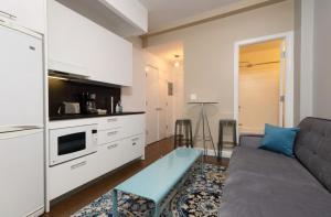 Una cocina o zona de cocina en Apartments Upper West Side