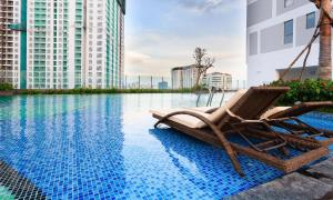Chau Apartments - Infinity pool and Gym