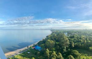 Delmare Bangsaray Beachfront x Stunning&High Sea View с высоты птичьего полета