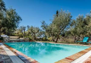 The swimming pool at or close to Mastrogiannis villa Dafne