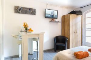 TV/Unterhaltungsangebot in der Unterkunft ⭐️The Pfeffel   Unbeatable location  Petite Venise