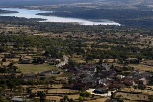 A bird's-eye view of El Encanto del Valle del Lozoya