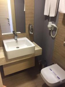 A bathroom at Boutique House Mim-A