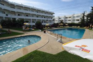 The swimming pool at or near Interpass Alvaflor