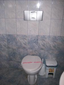 A bathroom at Dolphins House