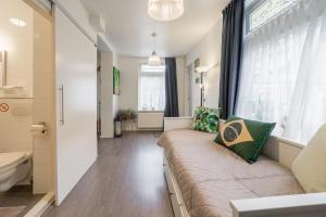 Ein Sitzbereich in der Unterkunft Bos en Lommer Hotel - Erasmus Park area