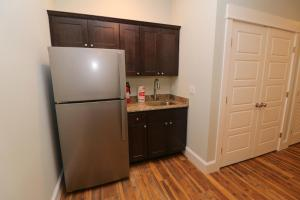 A kitchen or kitchenette at Beacon Villas at Corolla Light Resort by KEES Vacations