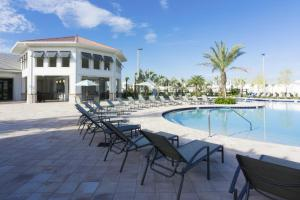 The swimming pool at or close to Dream Vacation Home Close to Disney SL4788