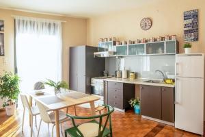 Η κουζίνα ή μικρή κουζίνα στο Urban Flat 2019