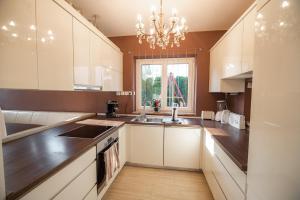 Kuhinja oz. manjša kuhinja v nastanitvi Apartment House VaZaTaOr