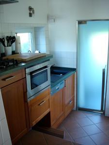 Küche/Küchenzeile in der Unterkunft Wasserturm Cuxhaven