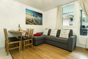 A seating area at Apartment Grepon 2