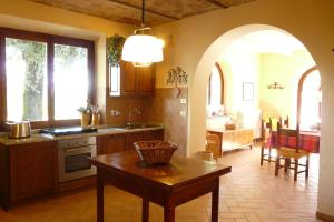 A kitchen or kitchenette at Casa Colonica