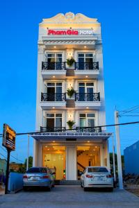 PHAM GIA HOTEL