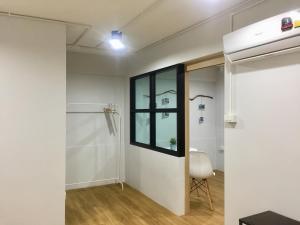 A bathroom at Hello House