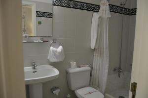 Uma casa de banho em Hotel Villa Gomera