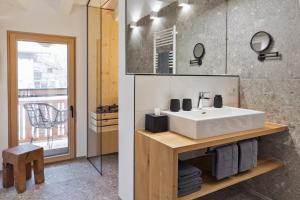 A bathroom at Bewegte Berge