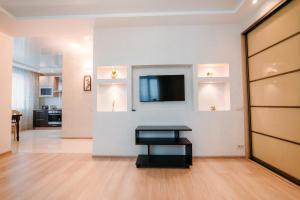 Телевизор и/или развлекательный центр в Apartment on the Sadovaya