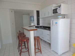 A kitchen or kitchenette at Flat Pina/Boa Viagem