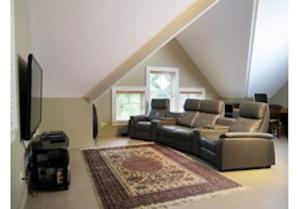 A seating area at Mill Cove Luxury Home - 28 Night Min