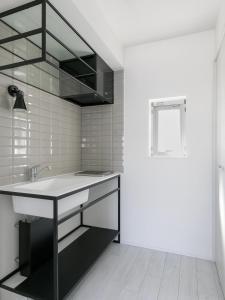 A bathroom at AOCA KAMINOGE 402