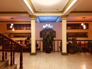 Khách sạn Nhật Quỳnh