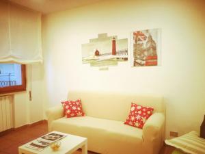 A seating area at La casa di Francesca