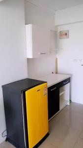 Кухня или мини-кухня в NIRUN CONDO WELCOME YOU