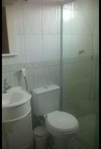 Un baño de Residencial Melo